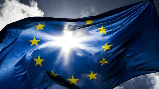 Manifesto For The Democratisation Of Europe – Thomas Piketty and Antoine Vauchez.